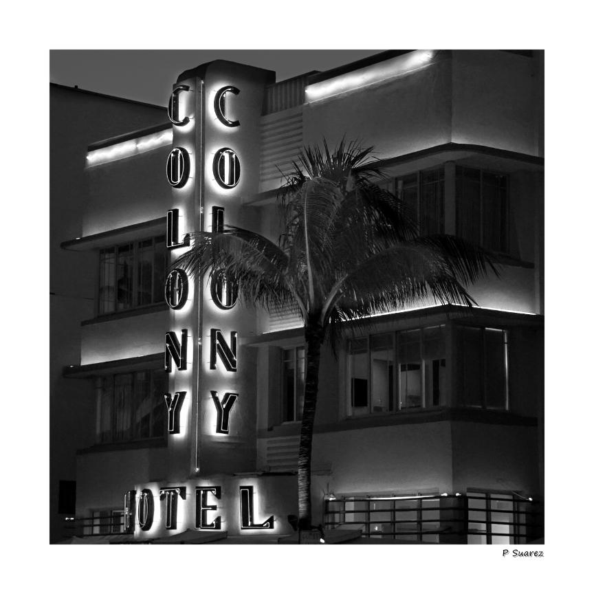Colony Hotel 36X36